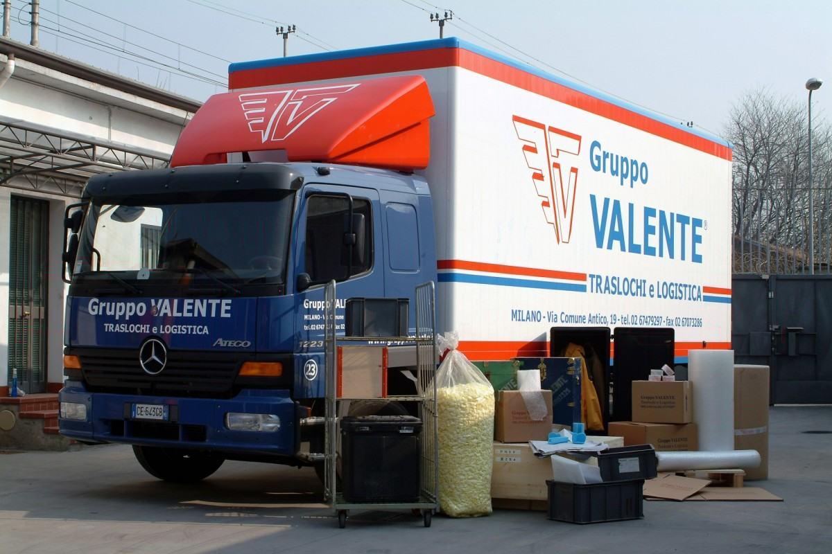 Traslocare uffici a milano traslochi uffici guppo valente for Uffici a milano
